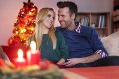 ανασκόπησης κεριών Χριστουγέννων νέο s σύνθεσης σκοτεινό έτος παιχνιδιών βραδιού Στοκ Εικόνα