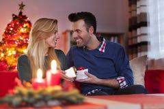 ανασκόπησης κεριών Χριστουγέννων νέο s σύνθεσης σκοτεινό έτος παιχνιδιών βραδιού Στοκ εικόνες με δικαίωμα ελεύθερης χρήσης