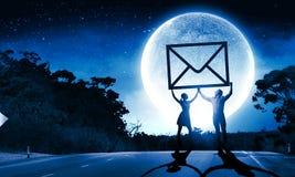 ανασκόπησης μαύρο κείμενο τρία αντανάκλασης ηλεκτρονικού ταχυδρομείου έννοιας διαστατικό Στοκ Εικόνες