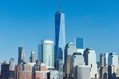 ανασκόπησης μπλε κτηρίων πόλεων υψηλός ορίζοντας Υόρκη ουρανού του Μανχάτταν νέος Στοκ φωτογραφίες με δικαίωμα ελεύθερης χρήσης