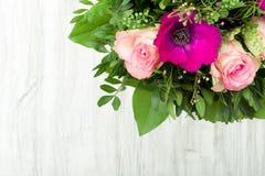 ανασκόπησης σχεδίου floral λουλουδιών τρύγος ύφους προτύπων άνευ ραφής Στοκ Φωτογραφίες