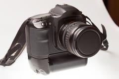 ανασκόπησης φωτογραφικών μηχανών λευκό μονοπατιών ψαλιδίσματος dslr απομονωμένο Στοκ Φωτογραφίες