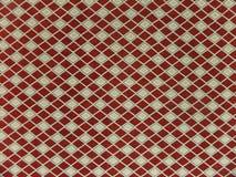 ανασκόπηση γεωμετρική Τα rhombuses είναι κόκκινα και άσπρα Στοκ εικόνα με δικαίωμα ελεύθερης χρήσης