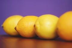 Ανασκόπηση με τα λεμόνια Στοκ εικόνα με δικαίωμα ελεύθερης χρήσης