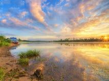 ανατολή ποταμών στοκ φωτογραφία