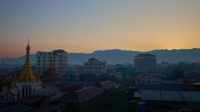 Ανατολή σε Nyaungshwe, το Μιανμάρ απόθεμα βίντεο