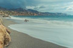 Ανατολή στην παραλία στην παραλία στοκ φωτογραφίες