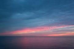 Ανατολή στη θάλασσα. Στοκ φωτογραφία με δικαίωμα ελεύθερης χρήσης