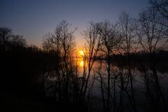 ανατολή στον ποταμό Στοκ Εικόνα