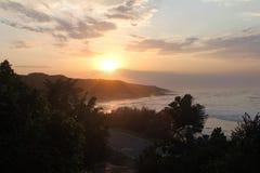 Ανατολή στο ανατολικό ακρωτήριο Νότια Αφρική κόλπων του Morgan στοκ εικόνα με δικαίωμα ελεύθερης χρήσης