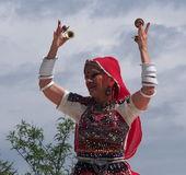 Ανατολικός ινδικός χορευτής στις ημέρες 2013 κληρονομιάς του Έντμοντον Στοκ φωτογραφία με δικαίωμα ελεύθερης χρήσης