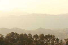 Ανατολή βουνών Huai num dang έπειτα Στοκ φωτογραφία με δικαίωμα ελεύθερης χρήσης