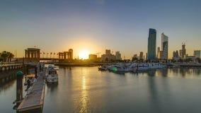 Ανατολή Γιοτ και βάρκες στη μαρίνα Sharq timelapse στο Κουβέιτ Πόλη του Κουβέιτ, Μέση Ανατολή απόθεμα βίντεο