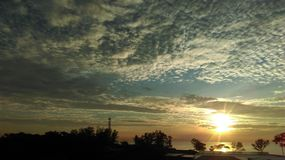 Ανατολή πέρα από την παραλία Desaru Στοκ φωτογραφία με δικαίωμα ελεύθερης χρήσης