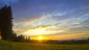 Ανατολή πέρα από την πόλη Zakopane, Πολωνία Η άποψη από Gubalowka τοποθετεί απόθεμα βίντεο