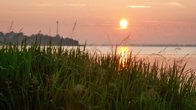 Ανατολή πέρα από τη λίμνη Nero απόθεμα βίντεο