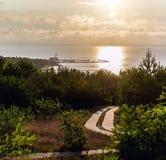 Ανατολή πέρα από τη λιμνοθάλασσα Curonian Στοκ Φωτογραφίες