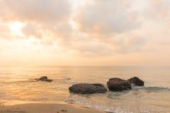 Ανατολή πρωινού πέρα από τη θάλασσα στοκ φωτογραφία