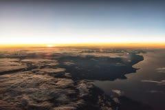 Ανατολή σε 35.000 Στοκ Εικόνες