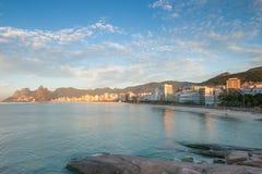 Ανατολή σε Ipanema, Ρίο ντε Τζανέιρο, Βραζιλία Στοκ Εικόνες