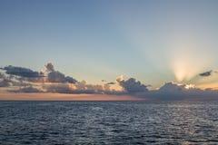 ανατολή σκαφών θάλασσας ανασκόπησης Στοκ εικόνες με δικαίωμα ελεύθερης χρήσης