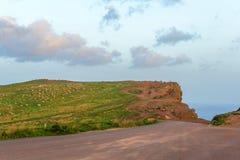 Ανατολή στα βουνά και τον ωκεανό στο νησί της Μαδέρας, Πορτογαλία Στοκ φωτογραφία με δικαίωμα ελεύθερης χρήσης