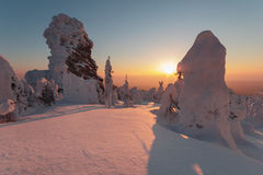 Ανατολή στα βουνά Στοκ φωτογραφίες με δικαίωμα ελεύθερης χρήσης