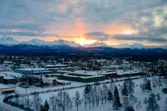 Ανατολή στην Αλάσκα πέρα από το Anchorage Στοκ Φωτογραφίες