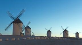 Ανατολή στην Καστίλλη, Campo de Criptana, Ισπανία Στοκ φωτογραφία με δικαίωμα ελεύθερης χρήσης