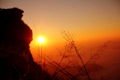 ανατολή στην κορυφή του λόφου, Ταϊλάνδη Στοκ Εικόνα