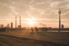 Ανατολή στην πόλη Στοκ Φωτογραφίες