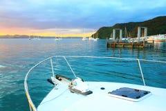 Ανατολή στον κόλπο των νησιών, βόρειο νησί, Νέα Ζηλανδία Στοκ Εικόνες