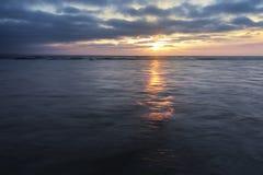 Ανατολή στο νερό Στοκ Φωτογραφίες