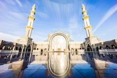 Ανατολή στο ομοσπονδιακό μουσουλμανικό τέμενος Κουάλα Λουμπούρ στοκ φωτογραφία
