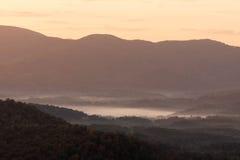 Ανατολή στο Appalachians της δυτικής βόρειας Καρολίνας Στοκ εικόνες με δικαίωμα ελεύθερης χρήσης