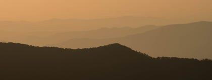 Ανατολή στο Appalachians της δυτικής βόρειας Καρολίνας Στοκ φωτογραφία με δικαίωμα ελεύθερης χρήσης