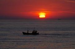 ανατολή της θάλασσας τη&sigma Στοκ φωτογραφίες με δικαίωμα ελεύθερης χρήσης
