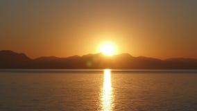 Ανατολή timelapse, θερμό πρωί ανόδου ήλιων, νύχτα στην ημέρα, φιλμ μικρού μήκους