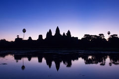 Ανατολή Wat Angkor στοκ φωτογραφία