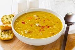 ανατολική μέση σούπα φακών τροφίμων λιβανέζικη Στοκ εικόνα με δικαίωμα ελεύθερης χρήσης