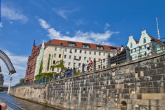 Ανατολικό Βερολίνο με τον ποταμό ξεφαντωμάτων Στοκ φωτογραφίες με δικαίωμα ελεύθερης χρήσης