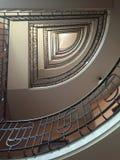 Ανατρέχοντας, σπειροειδής σκάλα Στοκ φωτογραφία με δικαίωμα ελεύθερης χρήσης
