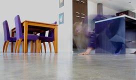 ανατριχιαστικό κορίτσι Στοκ φωτογραφία με δικαίωμα ελεύθερης χρήσης