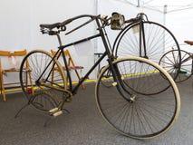 Αναδρομικά ποδήλατα Στοκ Εικόνες