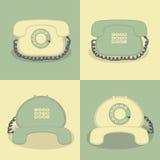 4 αναδρομικά τηλέφωνα σε ένα απλό υπόβαθρο ελεύθερη απεικόνιση δικαιώματος