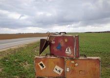 αναδρομικές βαλίτσες Στοκ φωτογραφία με δικαίωμα ελεύθερης χρήσης