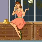 Αναδρομική γυναίκα που κουβεντιάζει στο τηλέφωνο Στοκ εικόνες με δικαίωμα ελεύθερης χρήσης