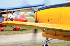 Αναδρομική κινηματογράφηση σε πρώτο πλάνο αεροπλάνων Στοκ Εικόνες
