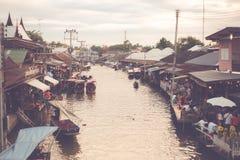 Αναδρομική να επιπλεύσει αγορά στην Ταϊλάνδη Στοκ Φωτογραφίες