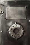 Αναδρομική ορισμένη ασφαλής πόρτα κιβωτίων στοκ φωτογραφίες